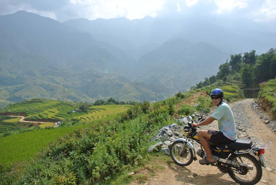 Motorcycle Sapa - BACK-ROAD VIETNAM NORTH-WEST MOTORBIKE TOUR TO HA GIANG