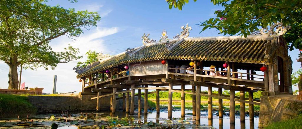 Phuoc Tich Village Thanh toan bridge hue 1024x439 - HUE MOTORCYCLE TOUR TO TAM GIANG LAGOON FOR 1 DAY