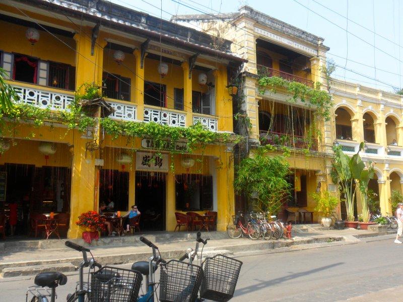 SAM 5513 - HUE MOTORBIKE TOUR TO DMZ - KHE SANH - HOI AN