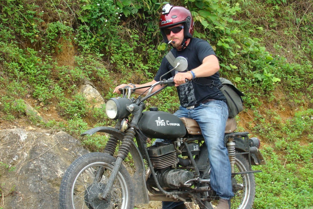 best-vietnam-motorcycle-tour-deep-into-mekong-delta