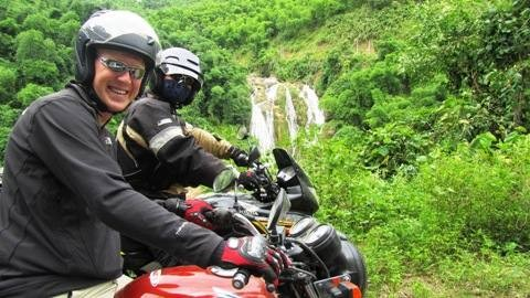 BEST-EVER VIETNAM NORTH-WEST MOTORBIKE TOUR TO SAPA