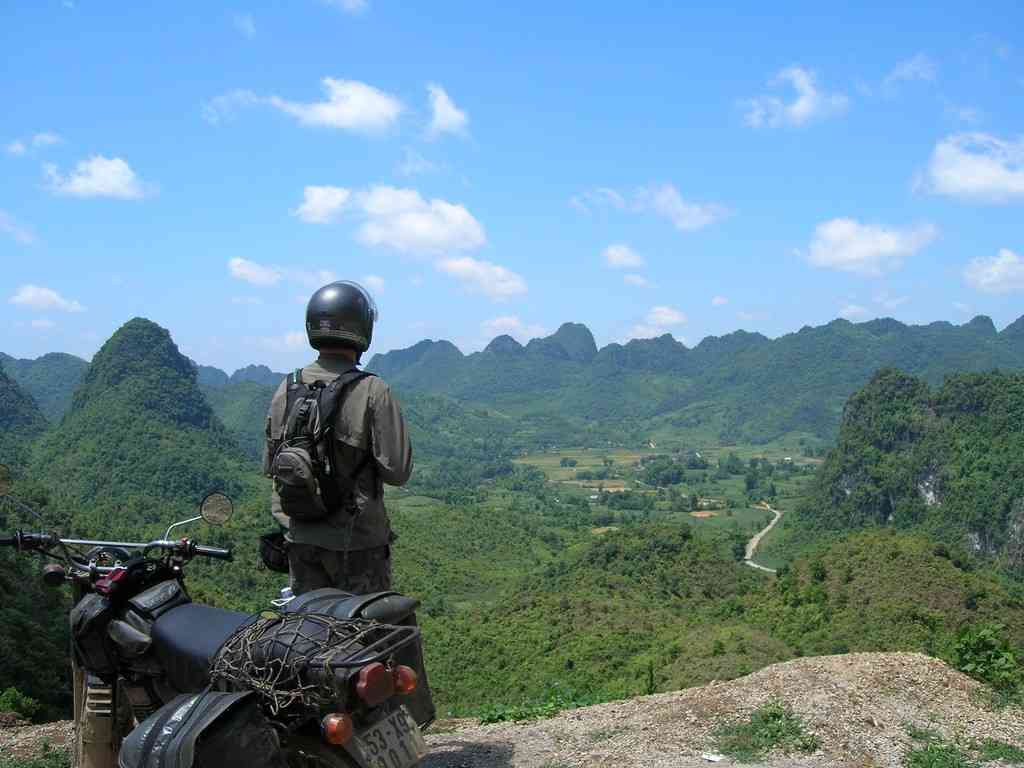 BEST HIGHLIGHTS OF VIETNAM NORTHEAST MOTORBIKE TOUR