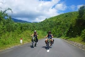 hanoi-motorcycle-tour-to-mai-chau-and-cuc-phuong-national-park