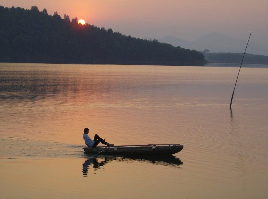 thac ba lake - SAPA MOTORBIKE TOUR BACK TO HANOI