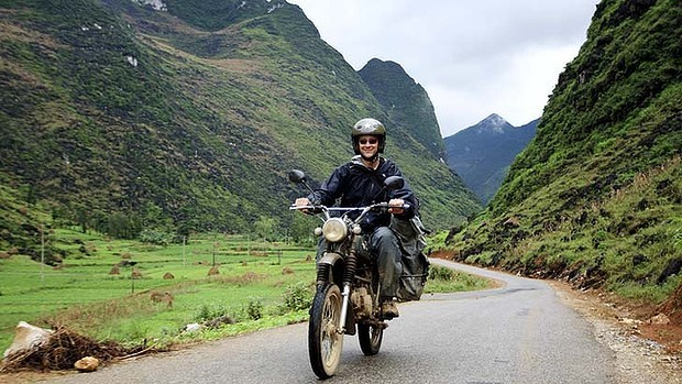 NORTHEAST VIETNAM BACK-ROAD MOTORBIKE TOUR TO HA GIANG AND CAO BANG