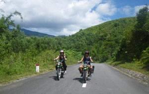 EASY-GOING VIETNAM MOTORBIKE TOUR FROM SAIGON TO HANOI