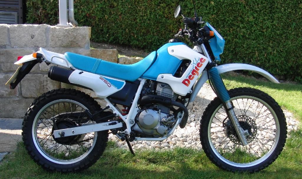 Honda Degree - Honda Degree 250cc