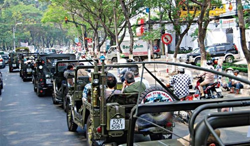 HANOI FREE AND EASY JEEP TOUR FOR FUNS