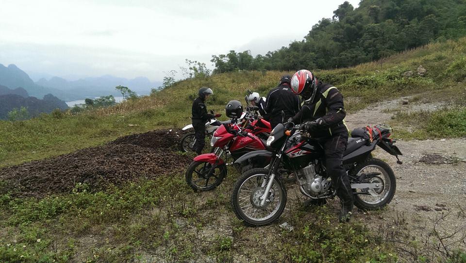 FULL VIETNAM MOTORCYCLE TOUR FROM SAIGON TO HA GIANG AND HA LONG BAY
