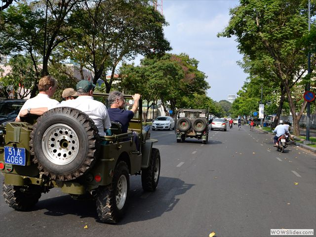 ONE DAY SAI GON CITY TOUR BY JEEP