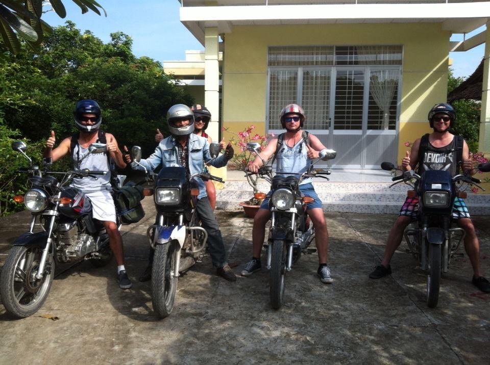 DA LAT MOTORBIKE TOUR TO HOIAN VIA BUON MA THUOT, PLEIKU, KON TUM