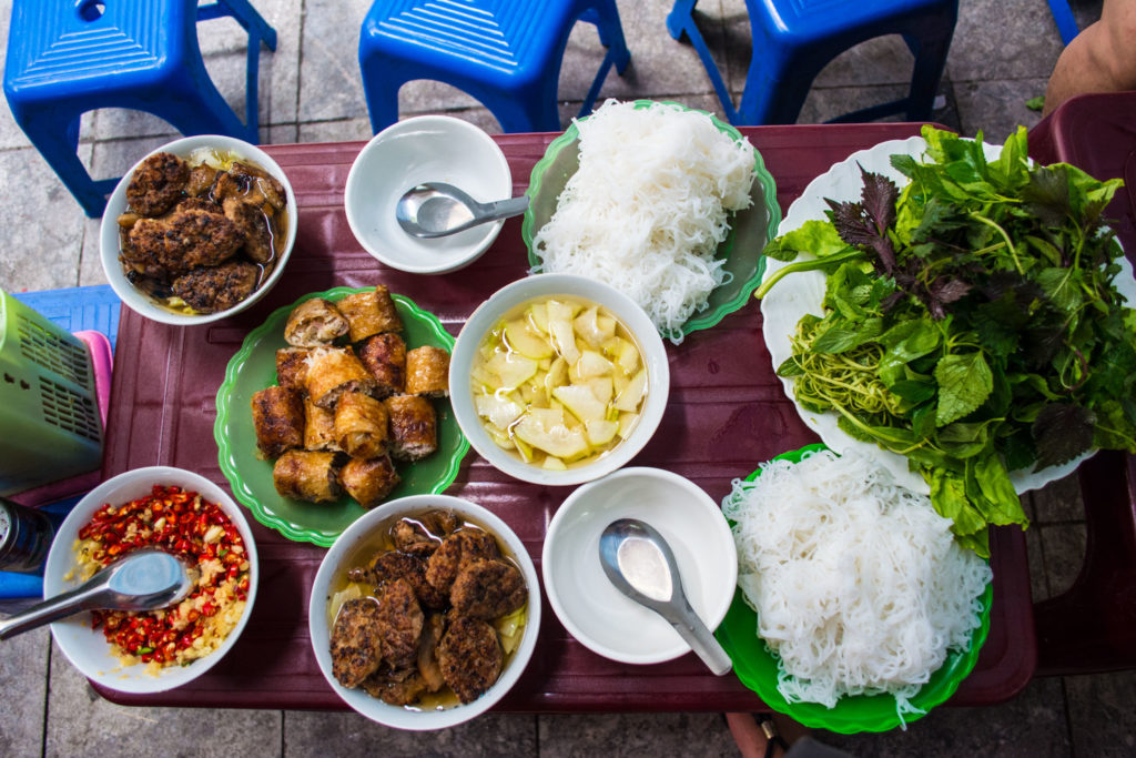 Bun Cha Hanoi 1024x683 - DAYLIGHT HANOI MOTORBIKE TOUR FOR FOODS AND SIGHTSEEINGS