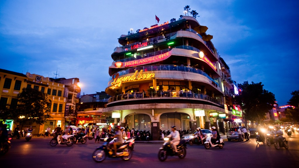 Vietnam Motorbike Tour from Saigon to Ha Giang, Halong Bay