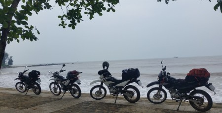 SAIGON TO HANOI MOTORCYCLE TOUR VIA HO CHI MINH TRAILS AND COASTLINE
