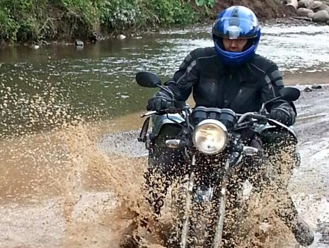 HANOI MOTORBIKE TOUR TO PU LUONG NATURE RESERVE VIA MAI CHAU