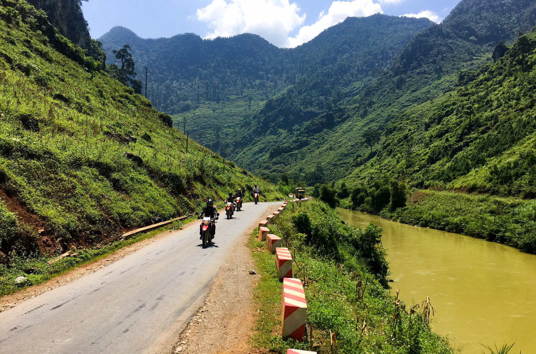 Northern Vietnam Motorbike Tour to Sapa, Ha Giang, Bac Kan
