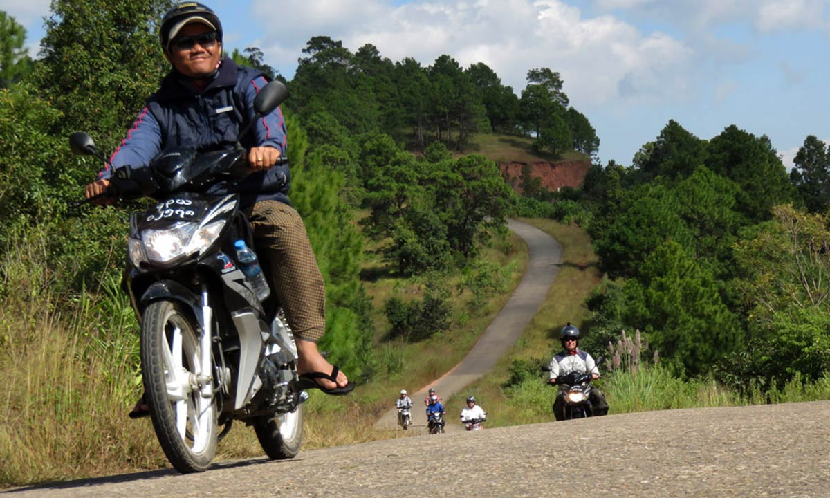 HUE MOTORCYCLE TOUR TO TAM GIANG LAGOON FOR 1 DAY