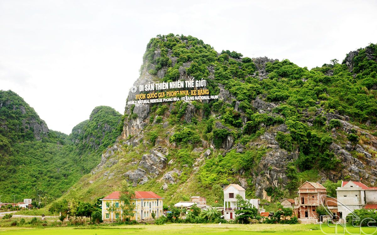 Phong Nha Ke Bang National Park - AMAZING VIETNAM MOTORBIKE TOUR ON HO CHI MINH TRAIL AND COASTLINE