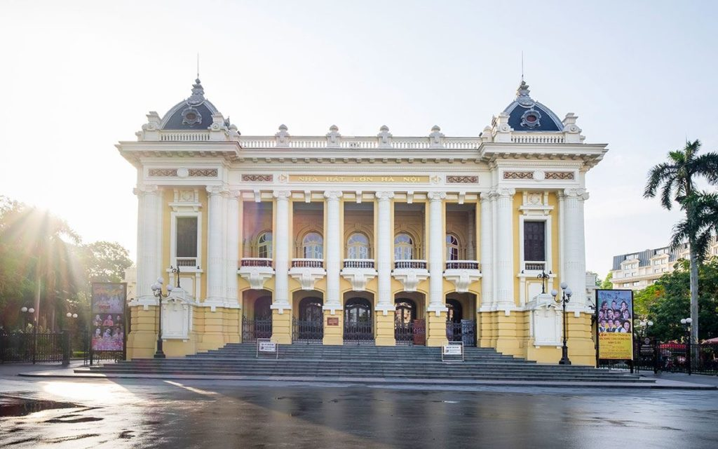 Hanoi Opera House 1024x640 - Top Things to do in Hanoi